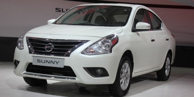 auto-expo-2014-nissan-launched-new-sunny-1