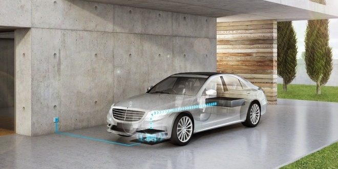 mercedes-wireless-charging-car